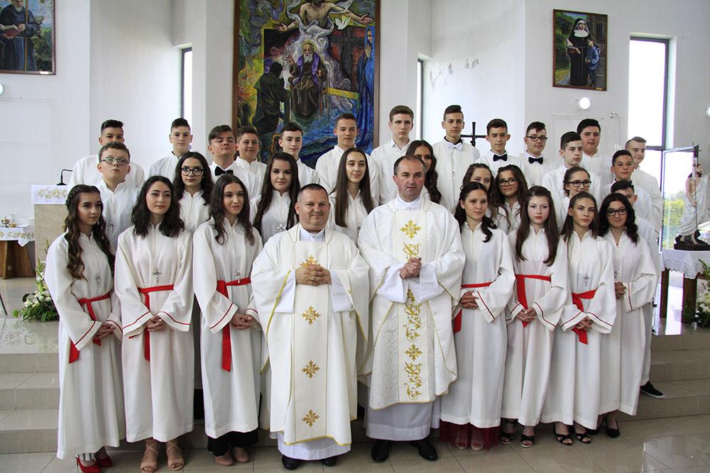 Raspored slavlja sakramenta svete Potvrde 2019. godine